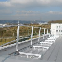 Guardrail on steel deck
