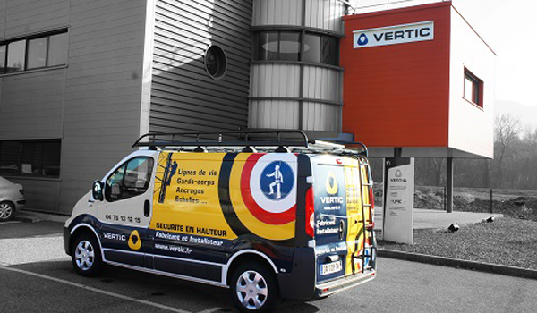 Our installation teams work all over the territory and are able to operate on site very quickly